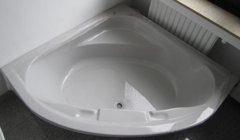 ideal standard eck badewanne 140x140 manhattan grau spuelen. Black Bedroom Furniture Sets. Home Design Ideas