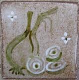 MOSA 1314 Wandfliese handbemalte antike Küchenfliese Landhaus Art mit Zwiebel Motiv 10x10 cm