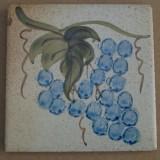 MOSA 1362 Wandfliese handbemalte antike Küchenfliese Landhaus Art mit Weintraube Motiv 10x10 cm