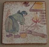 MOSA 1313 Wandfliese handbemalte antike Fliese mit Köchin am offenen Feuer Motiv 10x10 cm